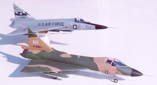 Hasegawa_F-102B