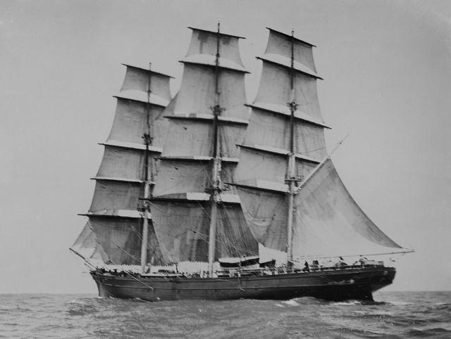 1280px-Cutty_Sark_(ship,_1869)_-_SLV_H91.250-164