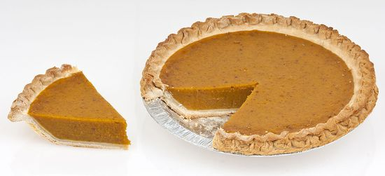 1024px-Pumpkin-Pie-Whole-Slice