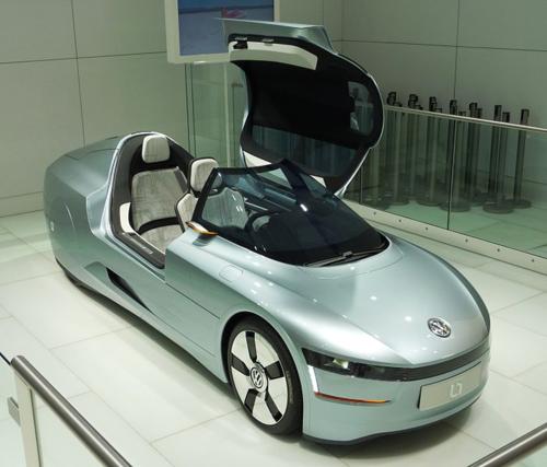 702px-VW_L1